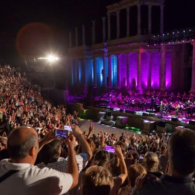Teatro + Raphael