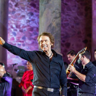 STONE&MUSIC FESTIVAL 28/08/2021.- Teatro Romano de Mérida. Raphael en concierto. Foto/ Jero Morales